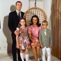 Astronaut_David_Scott_and_family.jpeg